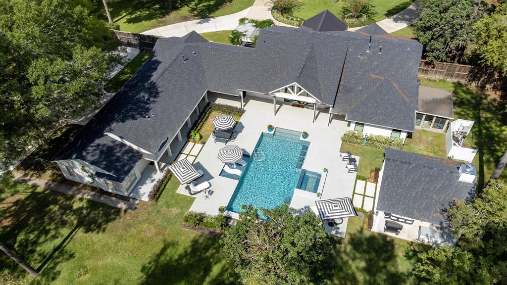 9941 Shadow Wood Drive, Houston, TX 77080