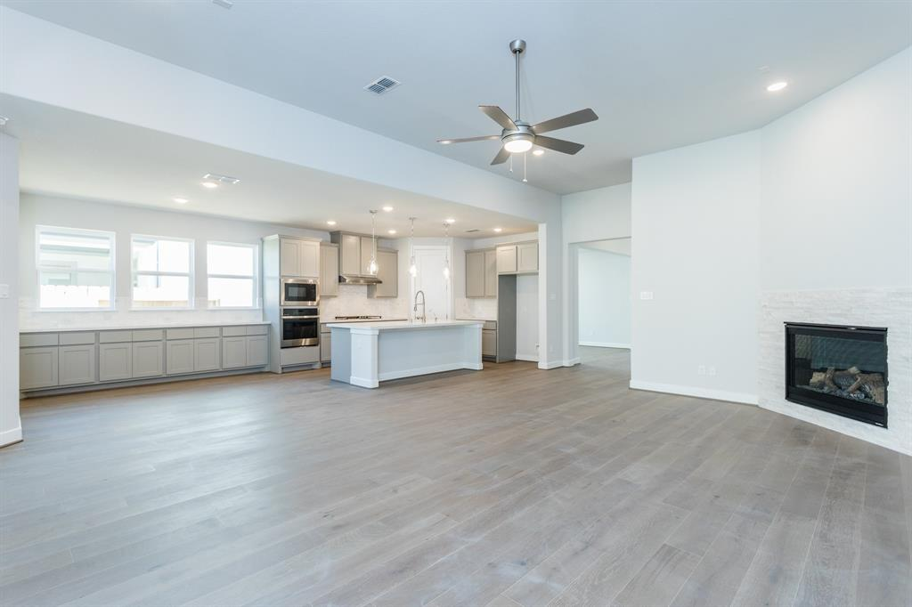 4722 1 Clear Creek Drive, Sugar Land, Texas 77479, 4 Bedrooms Bedrooms, 10 Rooms Rooms,3 BathroomsBathrooms,Single-family,For Sale,Clear Creek,79660953