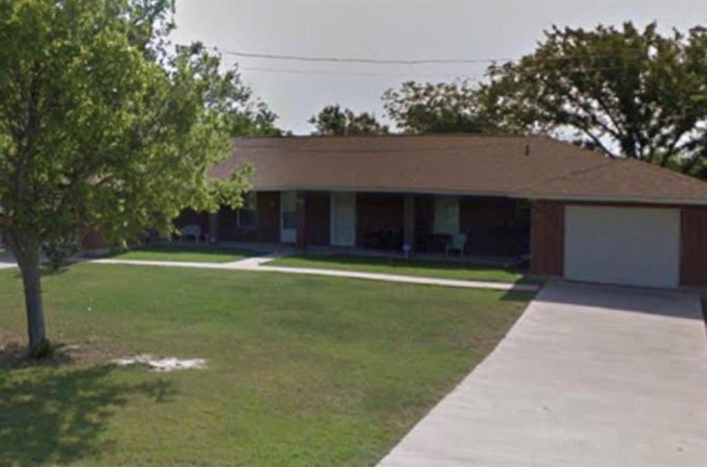 1002 N Denton Street, Mexia, TX 76667