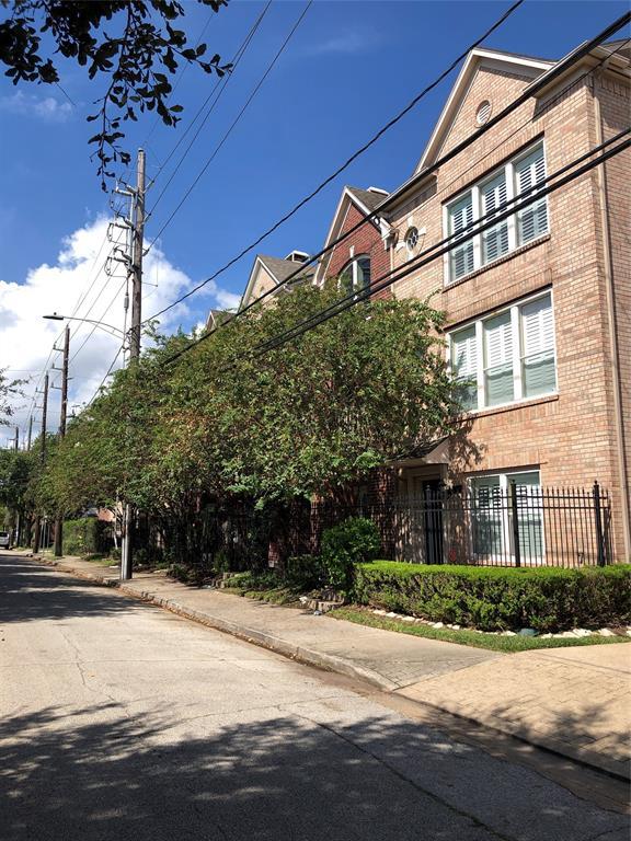 1508 3 Webster Street, Houston, Texas 77019, 2 Bedrooms Bedrooms, 6 Rooms Rooms,2 BathroomsBathrooms,Townhouse/condo,For Sale,Webster,27346570
