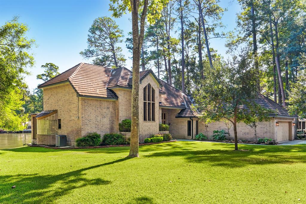 3003 Willowbend Road, Montgomery, TX 77356