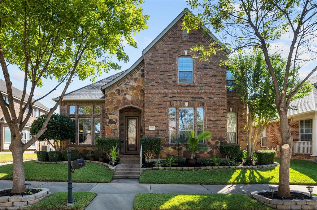 5940 Dripping Springs Court, North Richland Hills, TX 76180