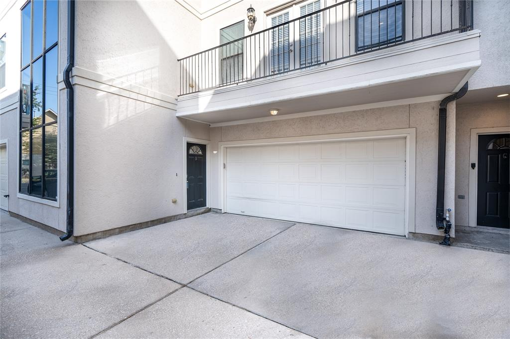 4413 3 Koehler Street, Houston, Texas 77007, 3 Bedrooms Bedrooms, 3 Rooms Rooms,3 BathroomsBathrooms,Townhouse/condo,For Sale,Koehler,36788181