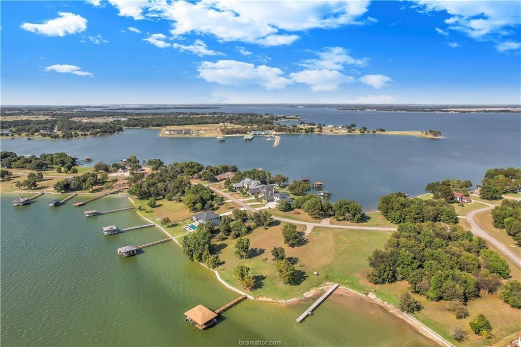1234 The Shores Drive, Corsicana, TX 75109