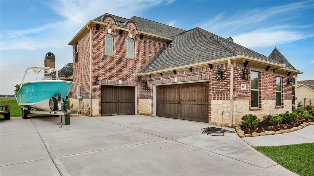 5210 Walters Road, Richmond, TX 77469