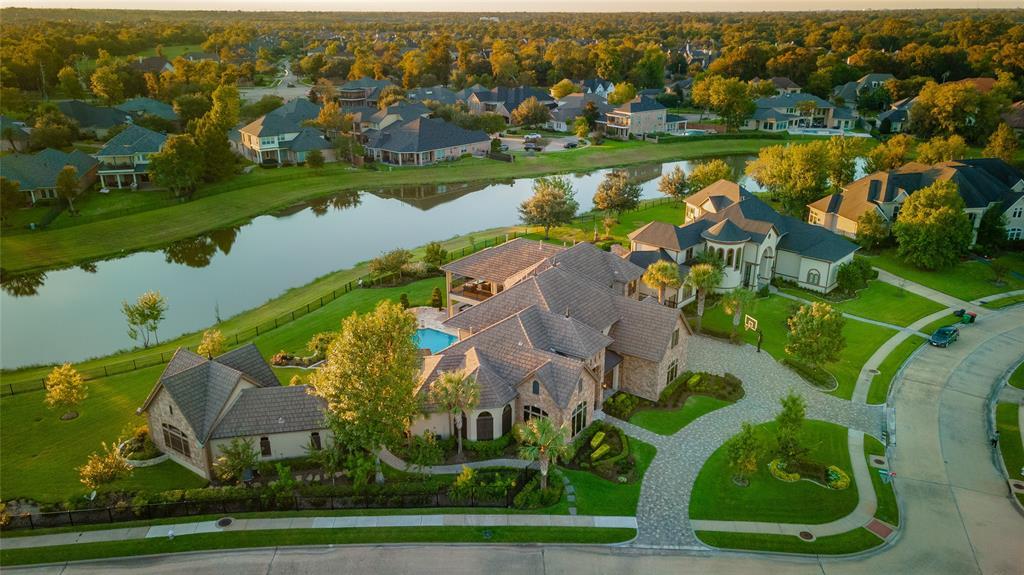 1 Steve Fuqua Place, Missouri City, TX 77459