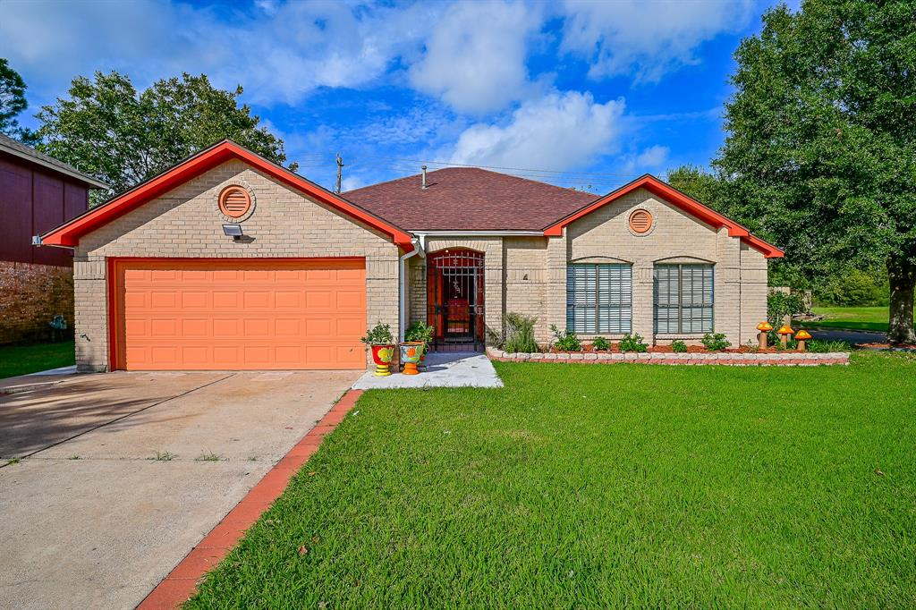 14438 E Glen Willow Road, Houston, TX 77489
