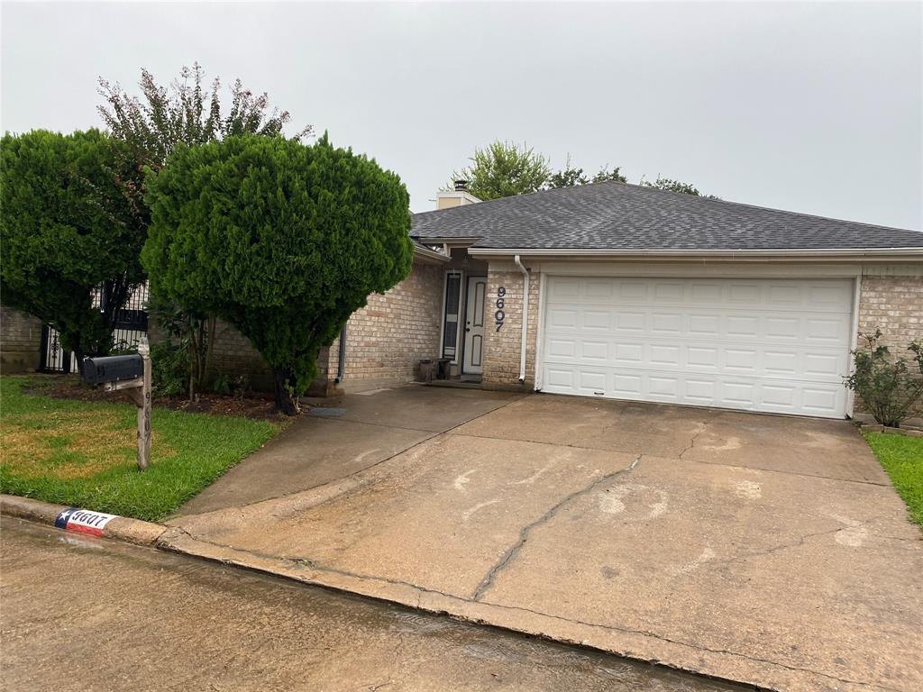 9607 Sharpcrest Street, Houston, TX 77036