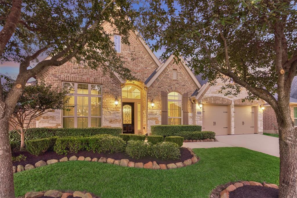 18618 Roslyn Springs Drive, Spring, TX 77388