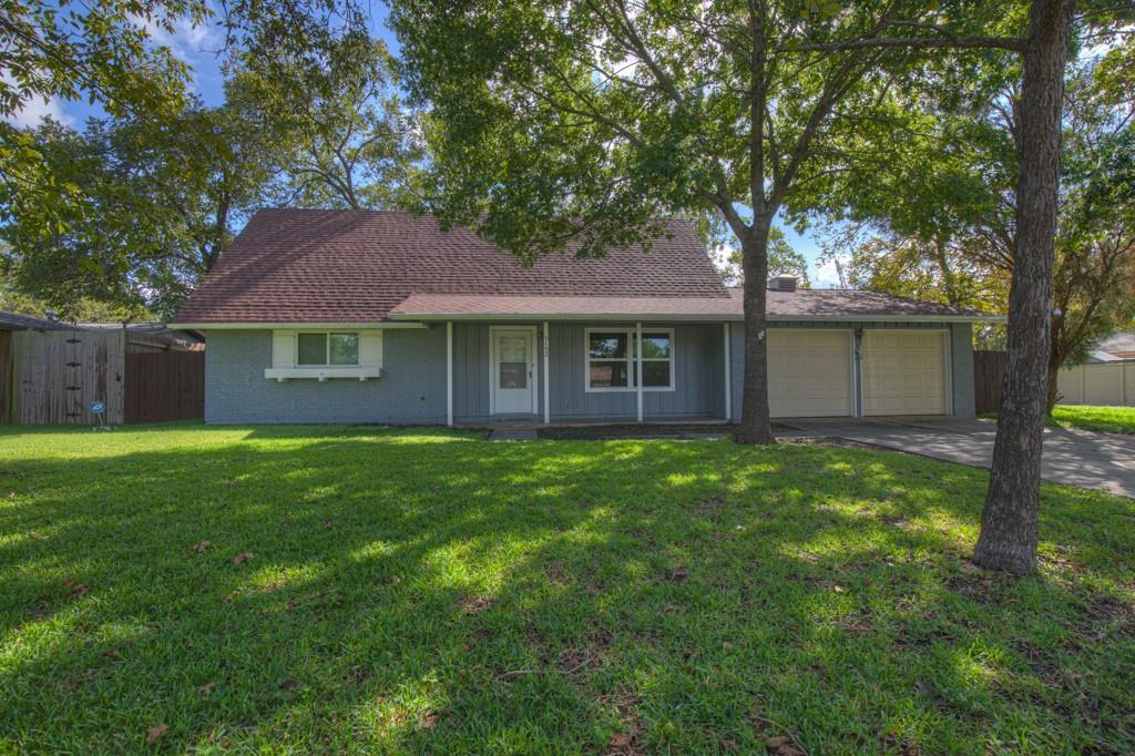 5102 Lancelot Drive, San Antonio, TX 78218