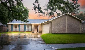 1423 Bramblebury Drive, Sugar Land, TX 77498