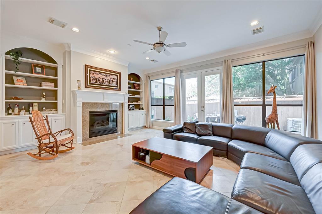 1710 2 Dunlavy Street, Houston, Texas 77006, 4 Bedrooms Bedrooms, 7 Rooms Rooms,3 BathroomsBathrooms,Townhouse/condo,For Sale,Dunlavy,90044688