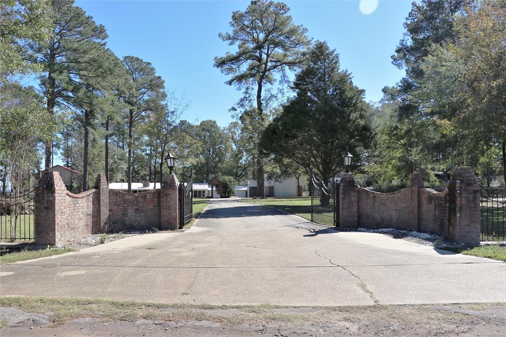322 Sanders Street, Zavalla, TX 75980