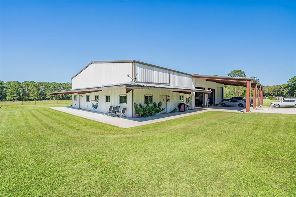 173 Sherman Road, Wallisville, TX 77597