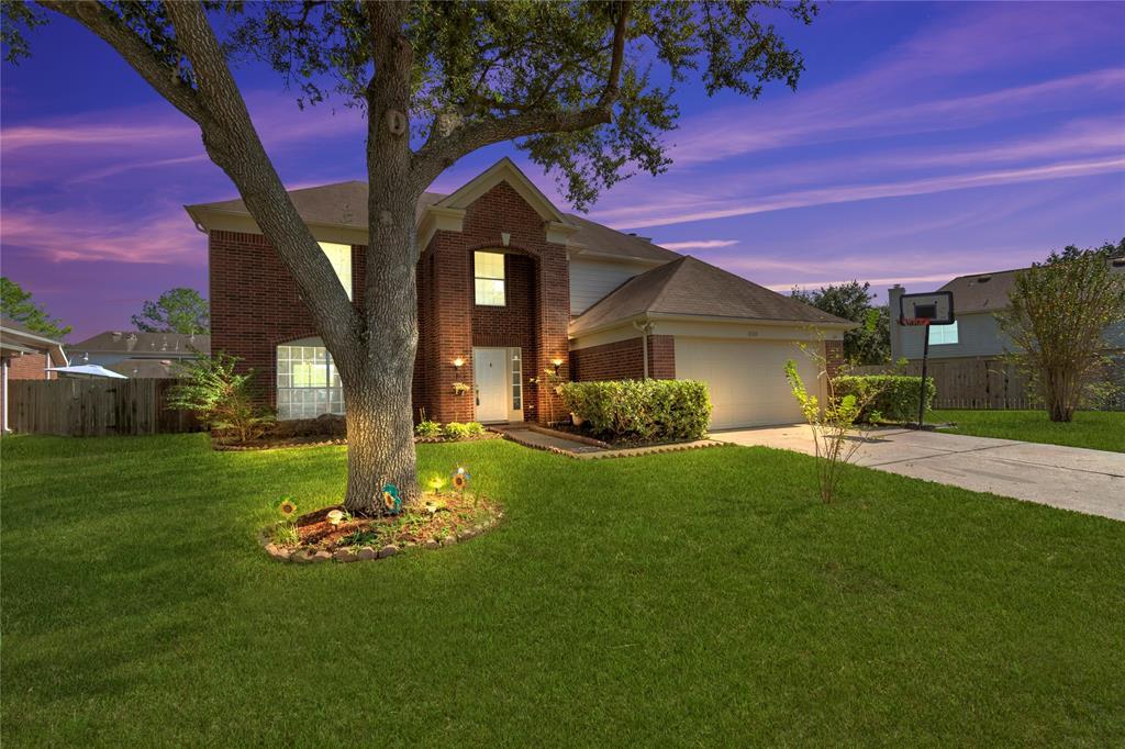 8923 SW Boulder Springs Drive, Houston, TX 77083