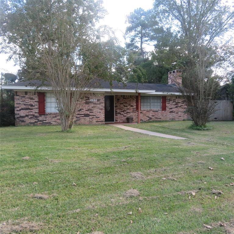 107 CEDAR Lane, Village Mills, TX 77663