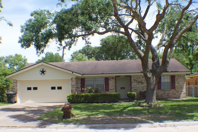 1180 Bernice Lane, Bridge City, TX 77611