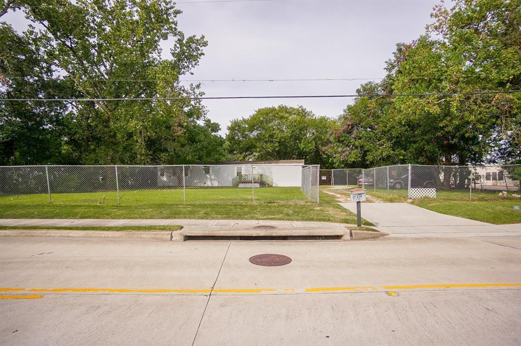 214 Brand Lane, Stafford, TX 77477