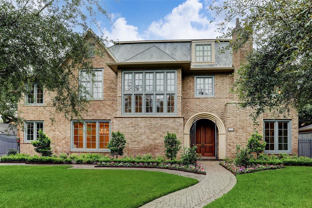 5262 Huckleberry Lane, Houston, TX 77056