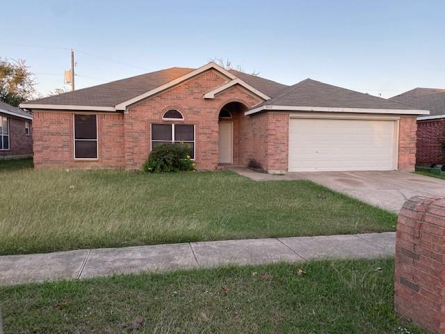 8036 McMurtry Drive, Arlington, TX 76002