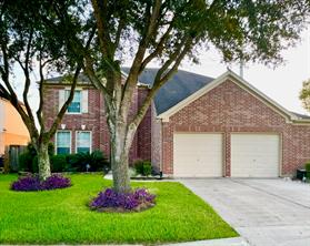13208 Imperial Shore Drive, Pearland, TX 77584