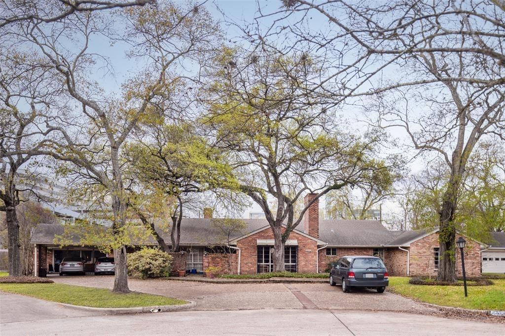 4634 Bryn Mawr Lane, Houston, TX 77027