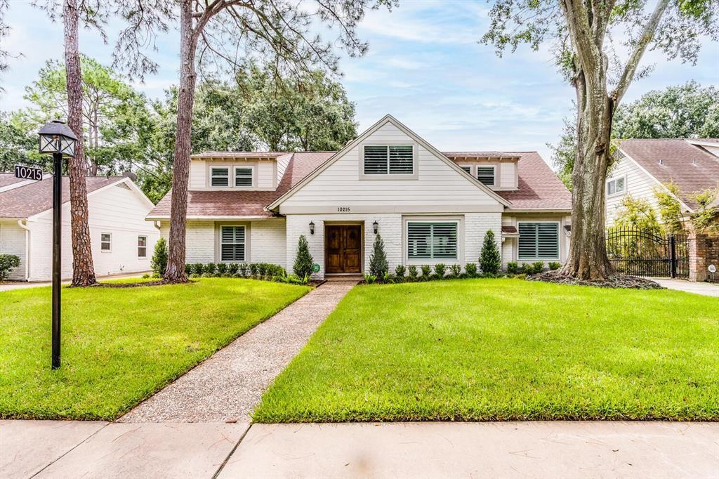10215 Meadow Lake Lane, Houston, TX 77042