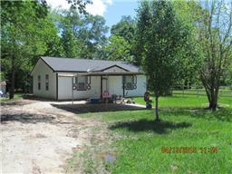 406 n fenner, cleveland, TX 77327
