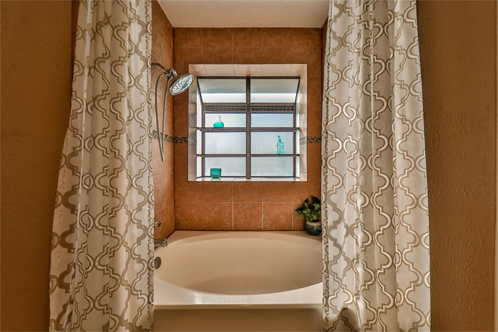 Contemporary Garden Tub And Shower Combo Pictures - Bathtubs For ...