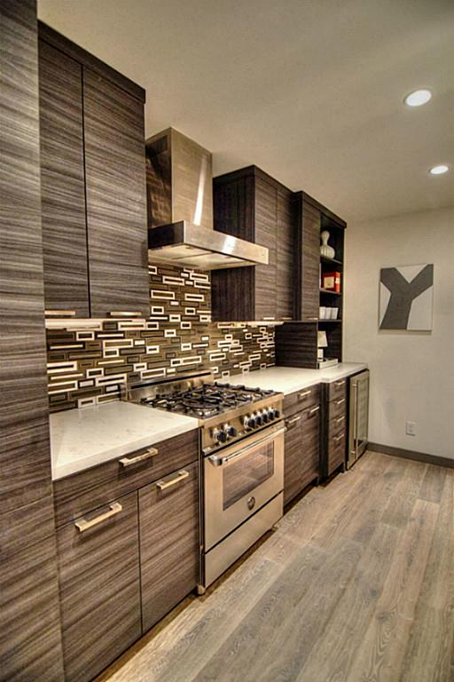 1410 Hyde Park Boulevard, #102, Houston, TX 77006 Silestone Countertops  With Bellmont Cabinets ...