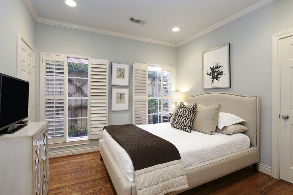 11x11 bedroom j for Bedroom ideas 12x14