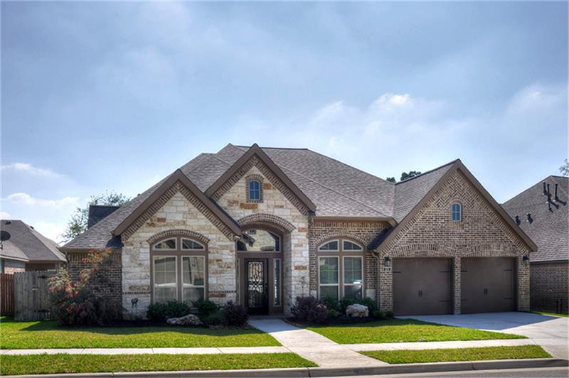 571 Oak Brook, New Braunfels, TX 78132