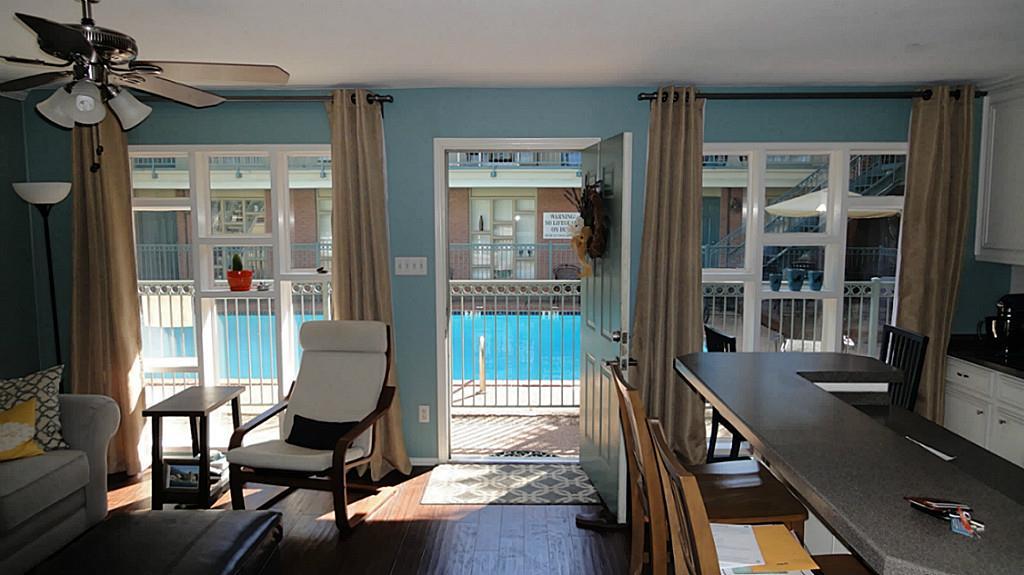 sold 3502 burlington street 12 houston tx 77006 2 beds 2 full baths 187000 laura gerardi greenwood king properties