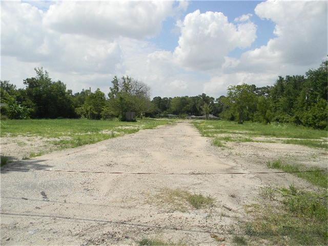 This property consists of 2.842 Acres unrestricted acres which are commercial.  The land use of this property is a Mobil Home Park.  This property was used as Mobil Home Park previously and is set up to be used for that purpose. The owners have improved the property which include raising the elevation by about 9 inches where a retention pond was also added. In other words this property is ready for your immediate commercial use. There is also another 10000 sq. ft lot included with this property.