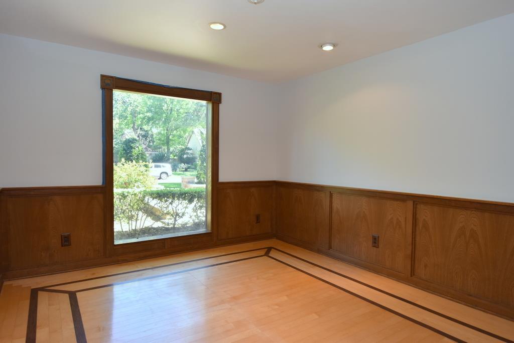 Nice Chair Rail Wood Paneling Part - 13: 12334 Honeywood Trail, Houston TX 77077