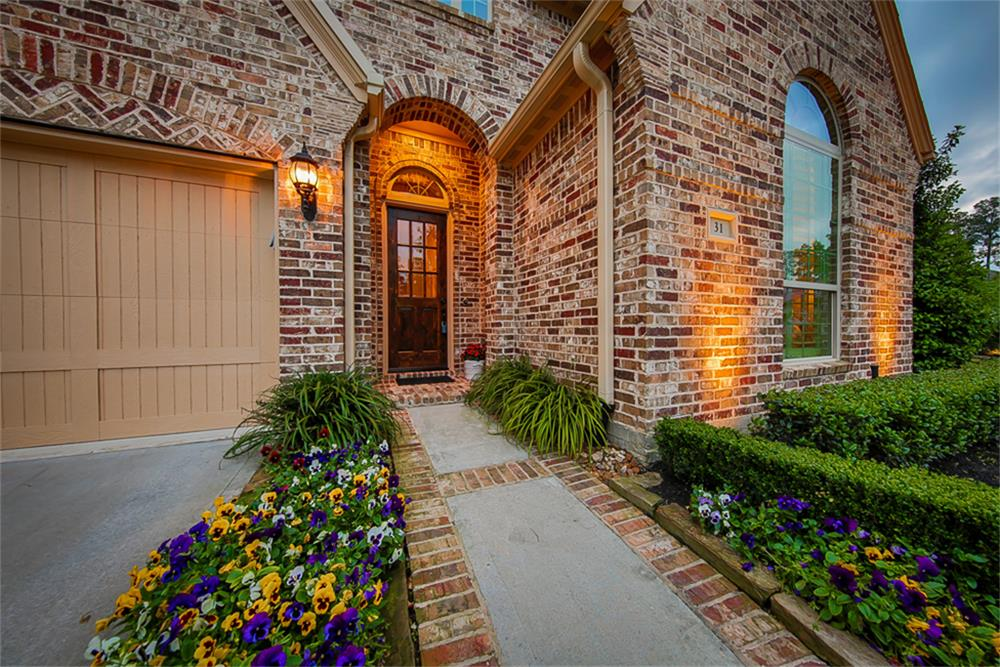 31 Corbel Point Way Tomball TX 77375
