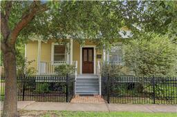 620 10th St, Houston, TX 77008