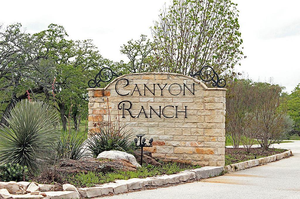 58 Ac Canyon Run Boulevard, Huntsville, TX 77320