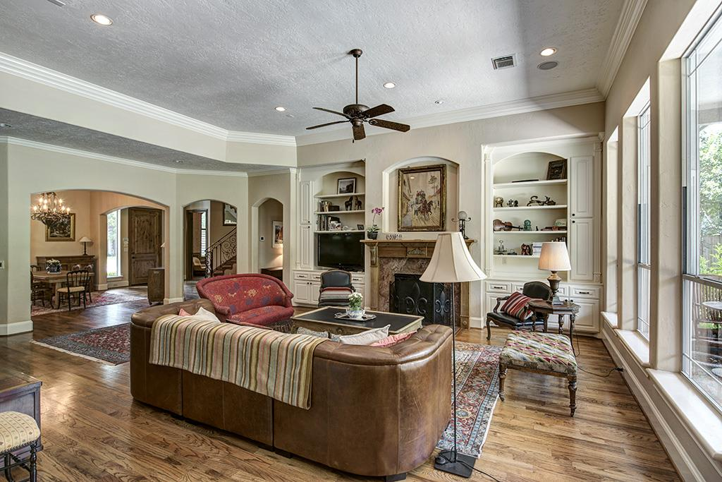 1429 Pine Chase Drive, Houston, TX 77055 | Greenwood King Properties