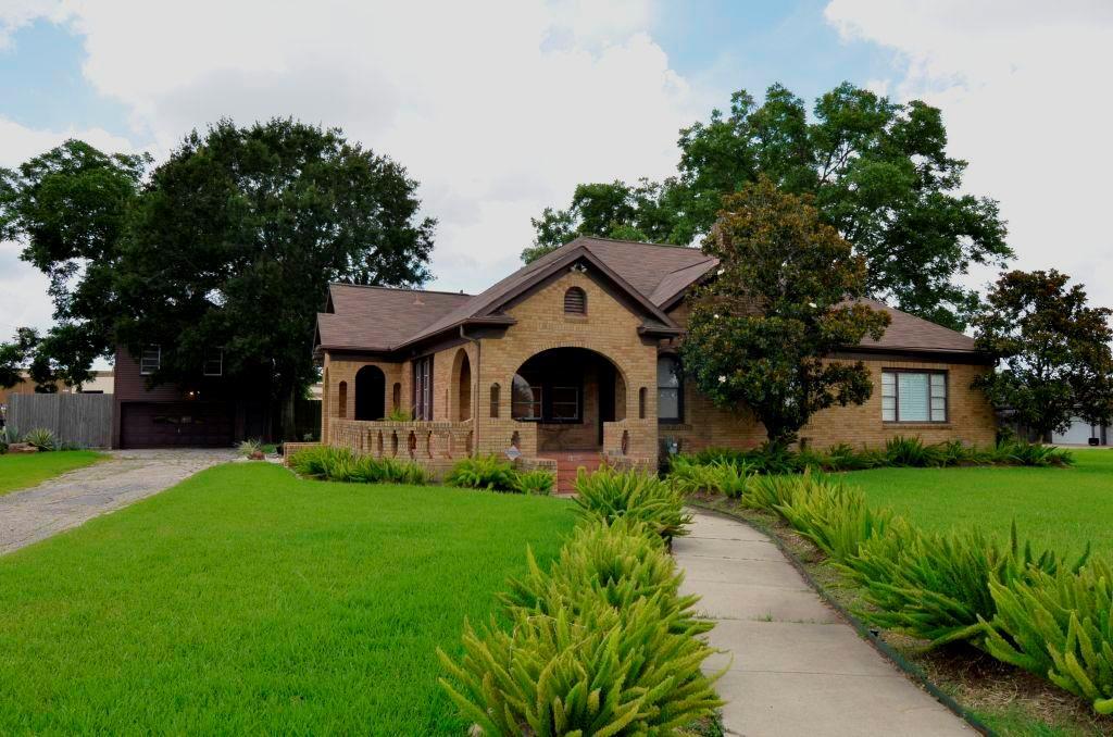 13902 Stafford Road, Stafford, TX 77477