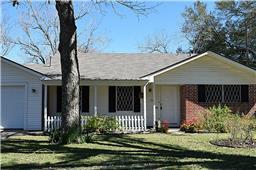 1211 Crestmont, Wharton, TX 77488