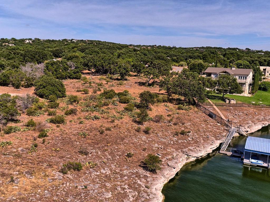 3000 Point Cove, Lago Vista, TX 78645