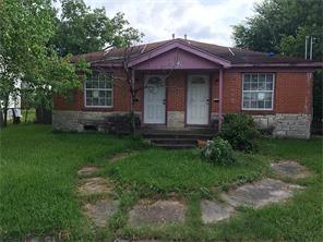 5616 bonsrell, houston, TX 77023