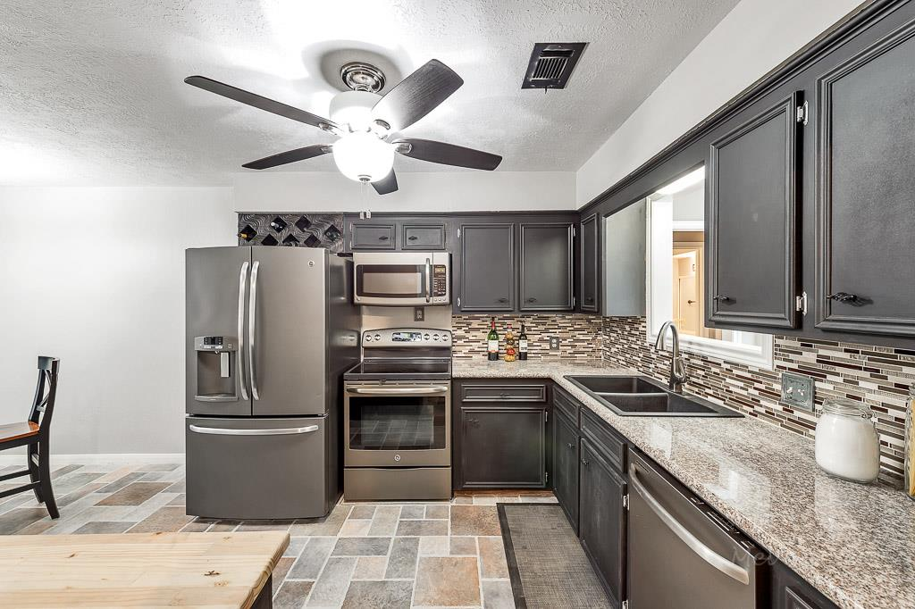 ... Gray Kitchen Cabinets With Slate Appliances Cabinet Designs ...