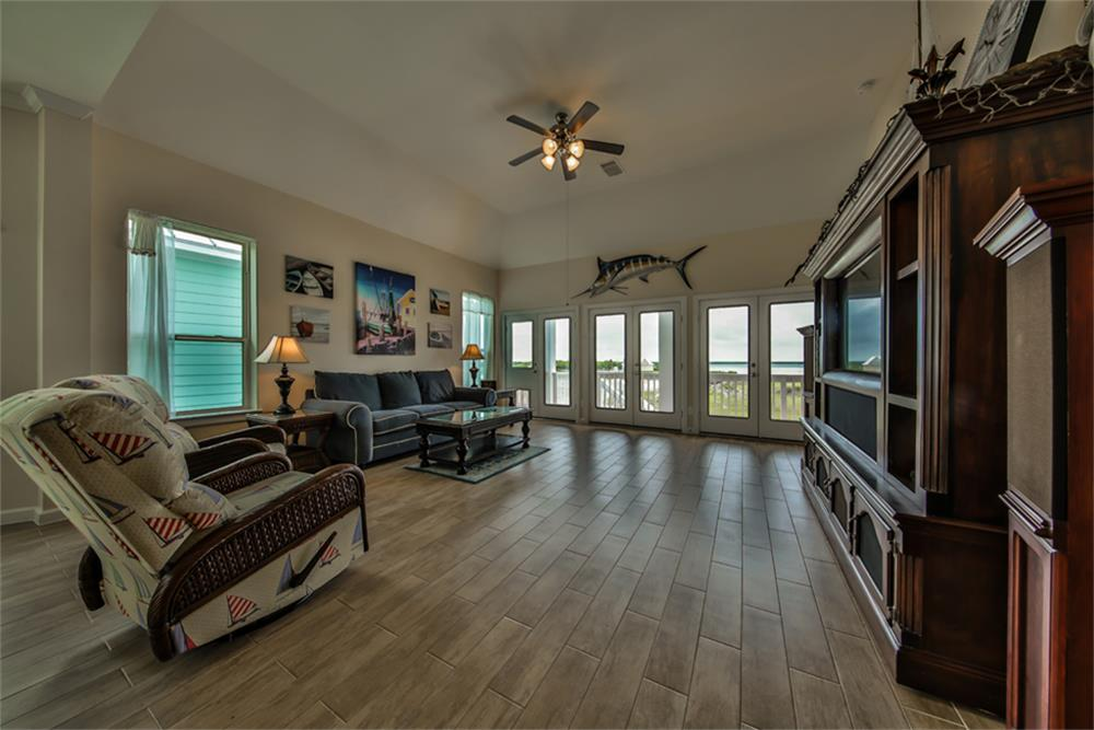 5025 Brigantine Cay Ct Texas City Tx 77590 Harcom